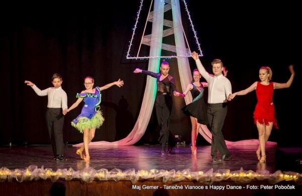 Tanečné Vianoce s Happy Dance
