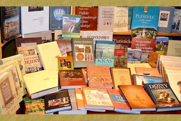 Knižnica Baníckeho múzea v Rožňave má vo svojom fonde takmer sedemtisíc kníh