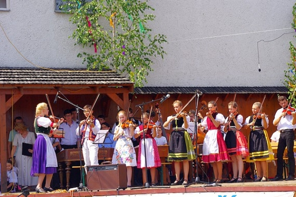 Obec Klenovec bola sídlom tvorivých dielní Muzičky a Malí tanečníci