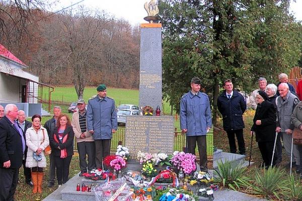 V Čiernom Potoku spomínali na vyčíňanie fašistov v obci pred 72 rokmi