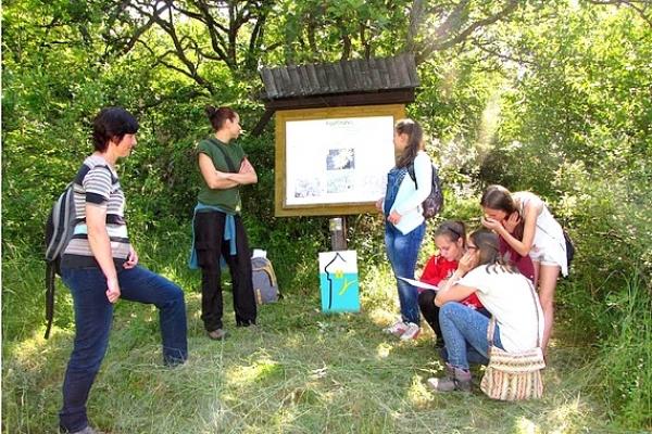 Víťazstvo XII. ročníka prírodovednej súťaže Európsky deň národných parkov putovalo do Krásnohorského Podhradia
