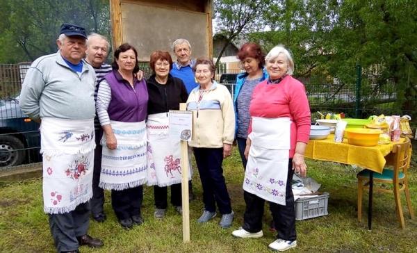 Seniori z horného Gemera vo Vyšnej Slanej súťažili vo varení bryndzových halušiek