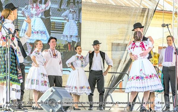 Klenovská Rontouka predstavila tiež folklórne súbory z Austrálie, Francúzska i Maďarska