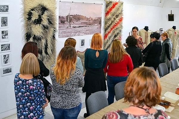 Interaktívny seminár v Rožňave zamerali na tému tradičného valchárstva a súkenníctva na Gemeri