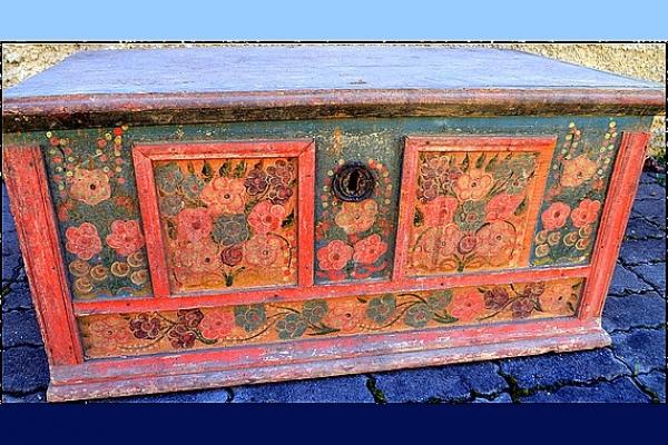 """""""Aj drevo vie očariť"""" – reštaurovanie maľovaného  nábytku v zbierkach BM v Rožňave za podpory FPU"""