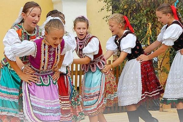 """Vyhradené pre detský festival hudby, spevu a tanca """"U Havranki hrat budú"""""""