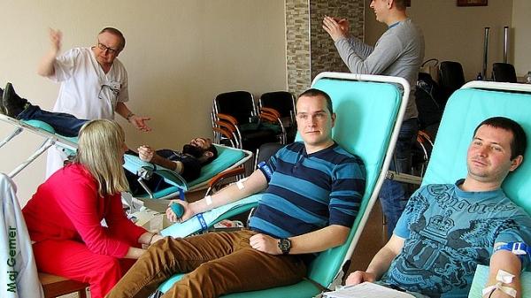 Podporiť Gemerskú kvapky krvi k MDŽ prišli nielen Tornaľčania, ale aj darcovia zo širokého okolia