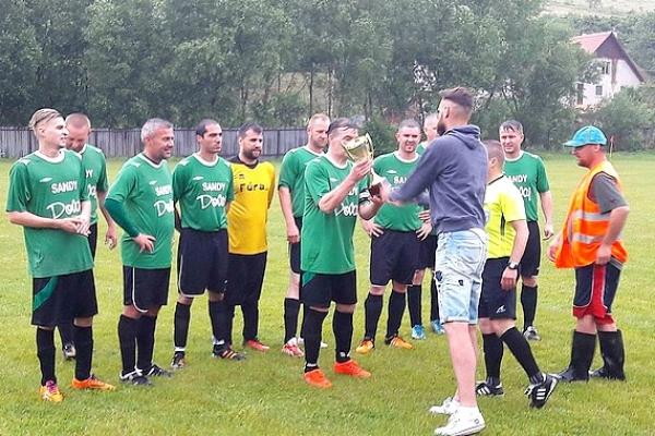 Futbalová Rožňava v nedeľu jasala - v Dobšinej sa smútilo